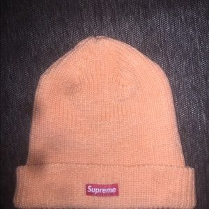 LOT: SUPREME LIMITED EDITION BEANIES ORNG/TAN/BLUE
